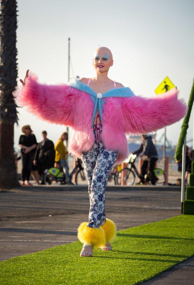 Jennifer beim GNTM-Catwalk (Foto: ProSieben/Martin Ehleben; Fotograf: Martin Ehleben; Bildredakteur: Stephanie Schulz)