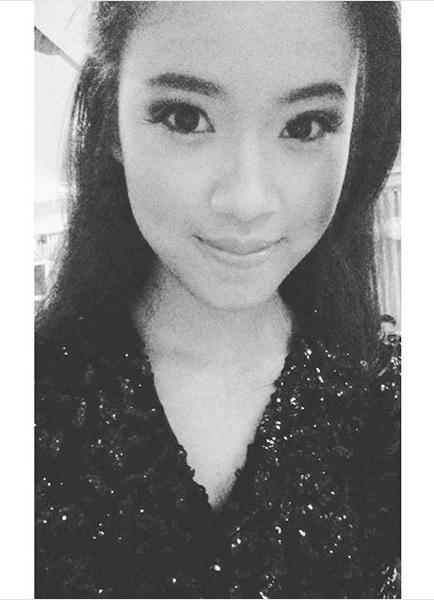 Glückliche Claudia Emmanuela Santoso (audi_emmanuela/Instagram)