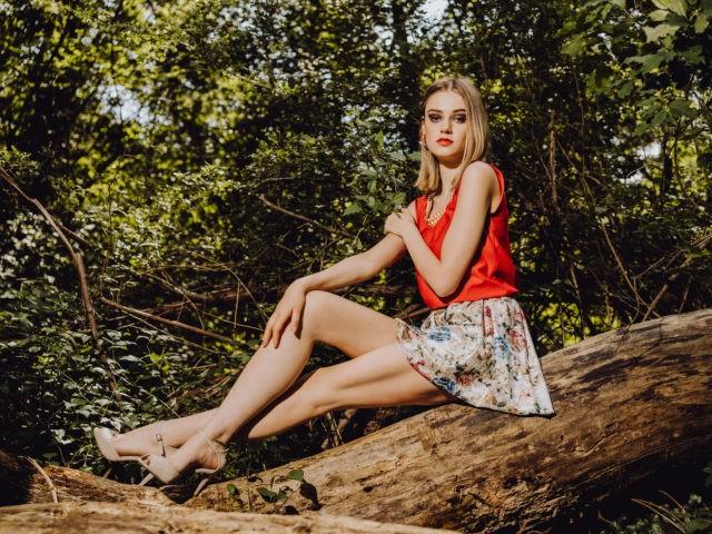 Simone Seckellehner hat momentan viele Modeljobs, hier ist sie für